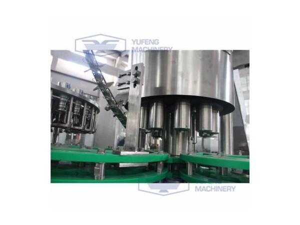 功能饮料灌装机 玻璃瓶灌装机三合一 拉环盖豆奶灌装机