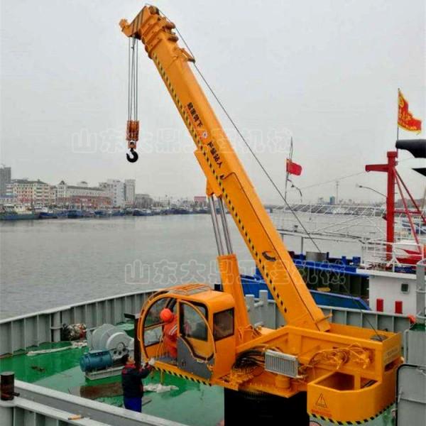 多吨位船吊 船用固定式吊机 港口货轮船尾吊
